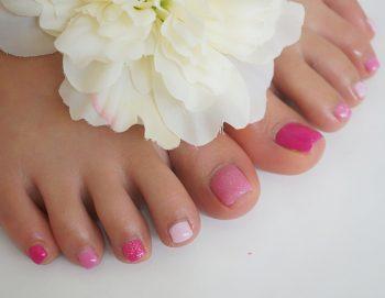 Cenbless 成増フェイシャル&ネイルサロン 梅から桜へ移り変わる季節のフットジェルネイル