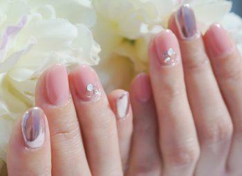 Cenbless 成増フェイシャル&ネイルサロン 春色ふんわりミラーネイル