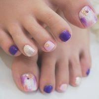 Cenbless 成増フェイシャル&ネイルサロン 鮮やかなパープル&ピンクのタイダイフットジェルネイル