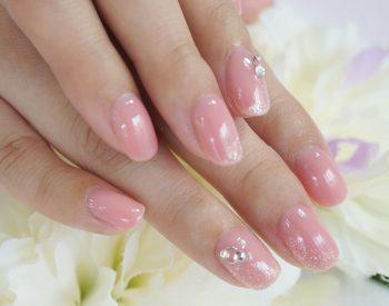 Cenbless 成増フェイシャル&ネイルサロン つやつや&うるうる☆シアーが可愛いピンクネイル