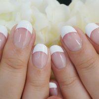 Cenbless 成増フェイシャル&ネイルサロン ネイルの王道!シンプルで美しい白フレンチネイル