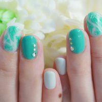 Cenbless 成増フェイシャル&ネイルサロン 新緑の季節!初夏のボタニカルグリーンリーフネイル