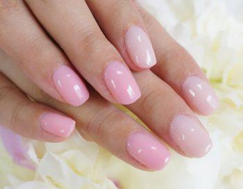 Cenbless 成増フェイシャル&ネイルサロン 大人気シアーピンクの上品ワンカラーネイル