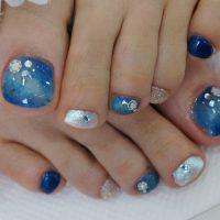 Cenbless 成増フェイシャル&ネイルサロン 深海のような輝きが夏っぽい☆ブルー系ニュアンスアートフットネイル