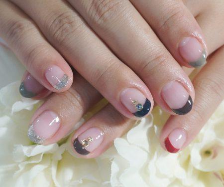 Cenbless 成増フェイシャル&ネイルサロン 秋色カラフルフレンチネイル