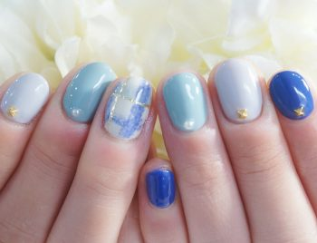 Cenbless 成増フェイシャル&ネイルサロン 秋色くすみブルーのチェック柄ネイル