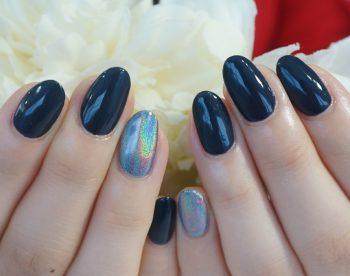 秋の濃紺ワンカラーにトレンドユニコーン