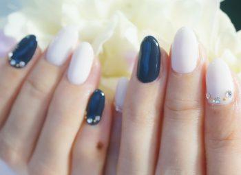 Cenbless 成増フェイシャル&ネイルサロン フォーマル仕様★オフホワイト×濃紺ネイル
