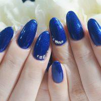 Cenbless 成増フェイシャル&ネイルサロン 鮮やかな濃色ブルー!エレガントワンカラーネイル