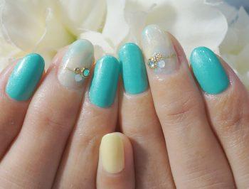 Cenbless 成増フェイシャル&ネイルサロン 春夏に向けて!爽やかカラーのタイダイネイル
