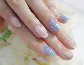 Cenbless 成増フェイシャル&ネイルサロン 夏の清涼感ネイル♪キラキラオーロラ☆