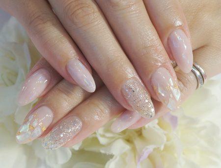 Cenbless 成増フェイシャル&ネイルサロン 桜貝がテーマの和装にも似合う上品シアーシェルネイル