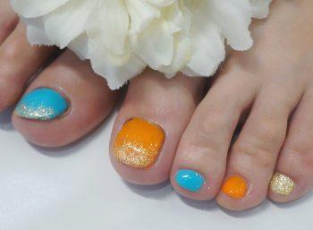 Cenbless 成増フェイシャル&ネイルサロン 夏色オレンジ×ターコイズフットネイル