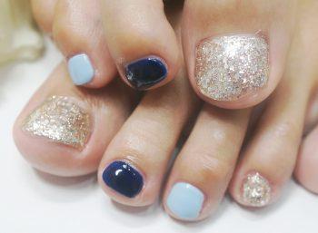 Cenbless 成増フェイシャル&ネイルサロン 夏の煌めき♪ブルー系フットネイル
