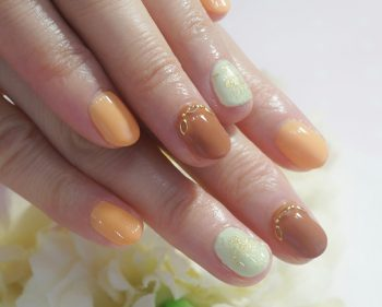 Cenbless 成増フェイシャル&ネイルサロン フルーツのようなキレイ配色の晩夏ネイル