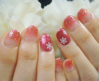 Cenbless 成増フェイシャル&ネイルサロン 華やかキュート!冬の雪の結晶ネイル