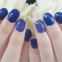 Cenbless 成増フェイシャル&ネイルサロン 冬の夜空を思わせるブルー系ワンカラーネイル