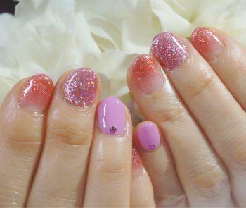 Cenbless 成増フェイシャル&ネイルサロン 大好きなピンク&ラメで新年キラキラネイル