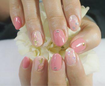 Cenbless 成増フェイシャル&ネイルサロン ふんわり女の子らしいピンクで♪ハートバレンタインネイル