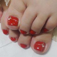 Cenbless 成増フェイシャル&ネイルサロン ケアした足元に映える真っ赤なフットネイル