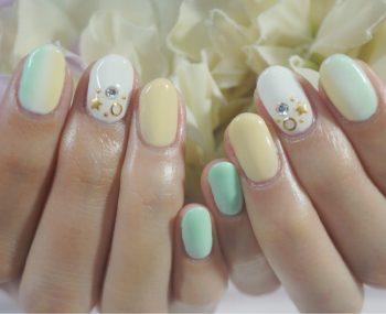 Cenbless 成増フェイシャル&ネイルサロン 夏色爽やか配色!縦グラデーションネイル