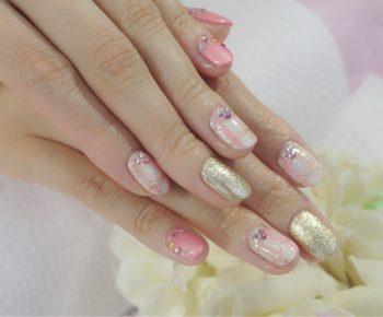 Cenbless 成増フェイシャル&ネイルサロン 女子力満載~♪ピンクチェックのバレンタインネイル