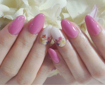 Cenbless 成増フェイシャル&ネイルサロン 春色ロースピンクでクラシックな小花ネイル♪