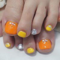 Cenbless 成増フェイシャル&ネイルサロン 初夏の季節に☆フレッシュカラーが眩しいオレンジ×イエローのフットジェルネイル