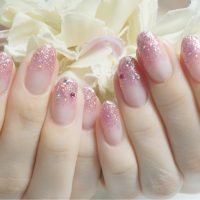 Cenbless 成増フェイシャル&ネイルサロン 学生さんの上品可愛いピンクのラメグラデーションネイル