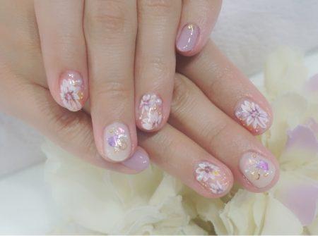 Cenbless 成増フェイシャル&ネイルサロン ピンク系が可愛い手描きフラワーネイル