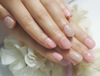 Cenbless 成増フェイシャル&ネイルサロン ご新婚の花嫁さま♪清楚なシアーピンクのブライダルネイル