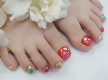 Cenbless 成増フェイシャル&ネイルサロン キラッキラなクリスマスカラー☆フットネイル