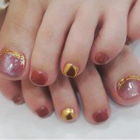 Cenbless 成増フェイシャル&ネイルサロン シックなレンガ色で!キャッツアイ×ニュアンスミラーフットネイル