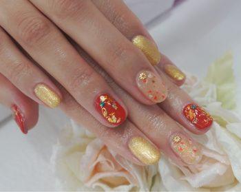 Cenbless 成増フェイシャル&ネイルサロン 和がテーマのイベント仕様に♪赤&金箔ホイルの和装ネイル