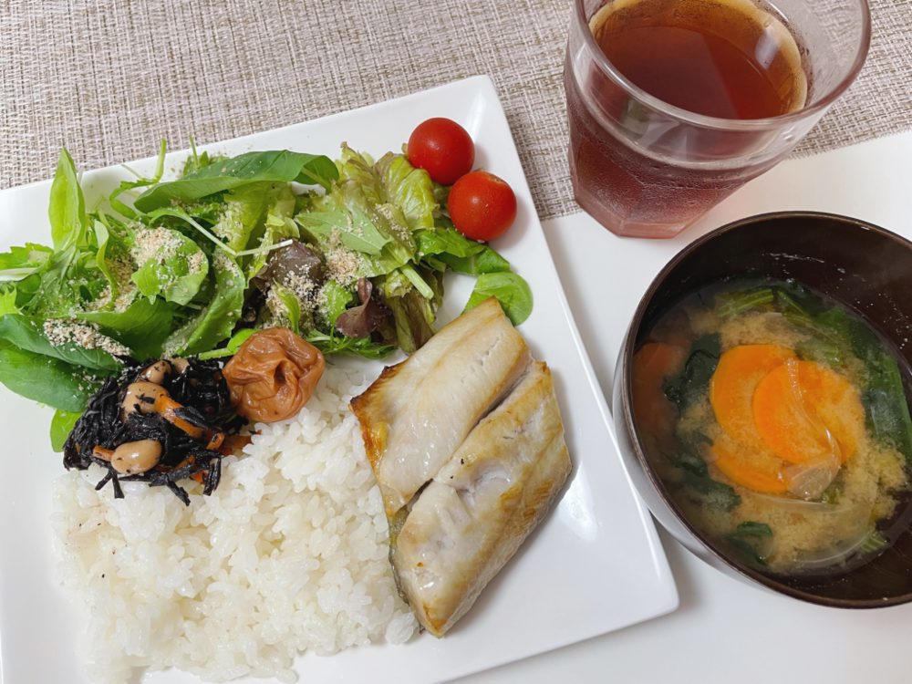Cenbless 成増フェイシャル&ネイルサロン みけちゃんの手抜き朝食♪